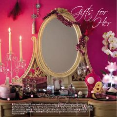 Set Props Mirror and Gifts for Her